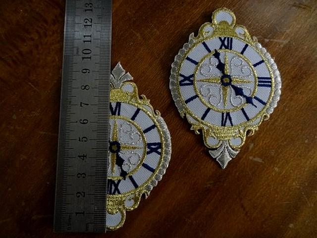 Broderie a coller horloge 02