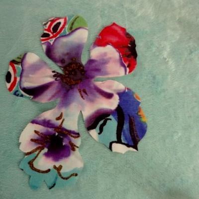 Coton colore decoupe laser fleur petit modele 01