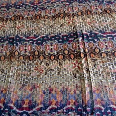 Coton viscose imprimé tons mauves bleuet 1