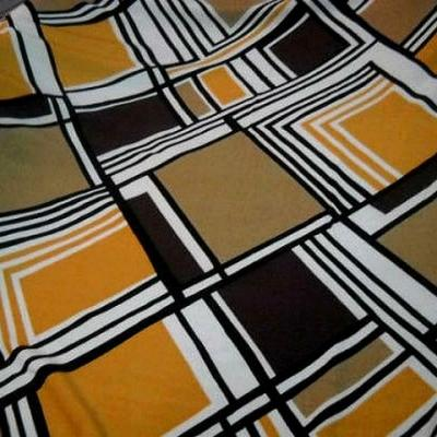 Coton viscose motifs carreaux vintage blanc noir ocre 1