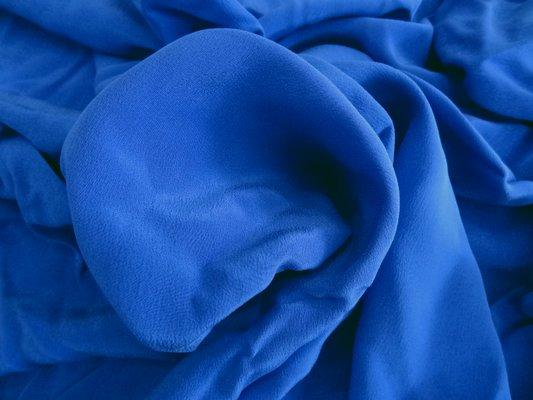 Crêpe de soie bleu denim 01