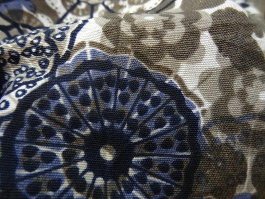 polyester fin blanc fleurs irréelles 03