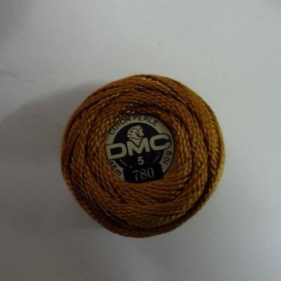 Fil coton perle dmc 780 noisette dore 1