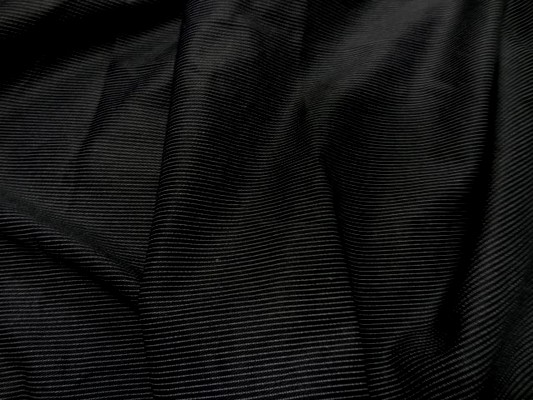 Gabardine coton noir fines rayures 3