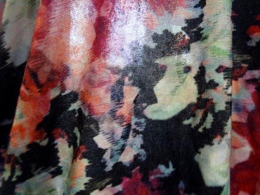 Jersey viscose fleurs a facettes 04