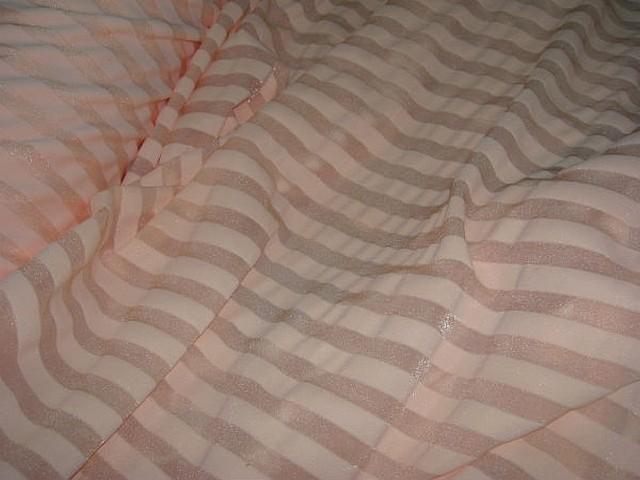 Lycra bisque rayures transparentes 1