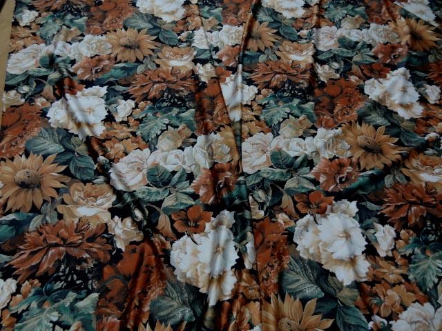 Lycra imprime fleurs ton de terre 3