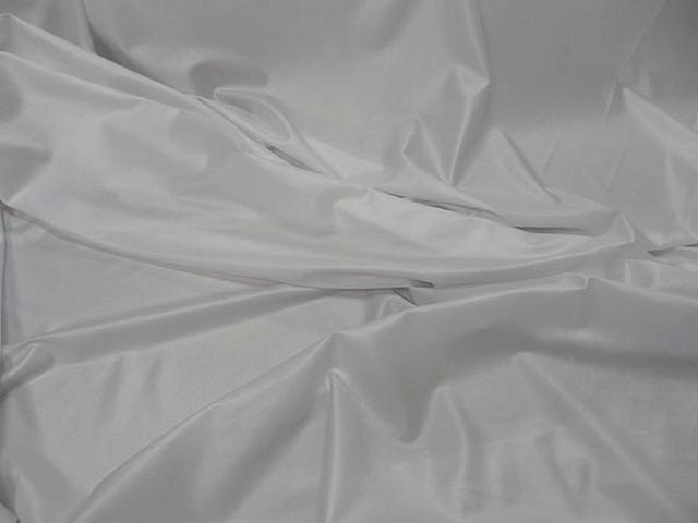 Lycra satine fin blanc 1
