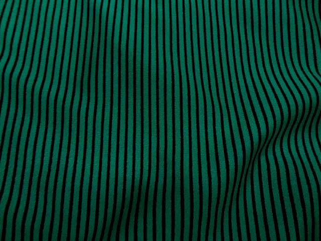 Lycra vert satine a rayure noire1