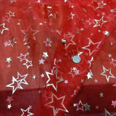 Organza rouge etoiles 5 branches 2