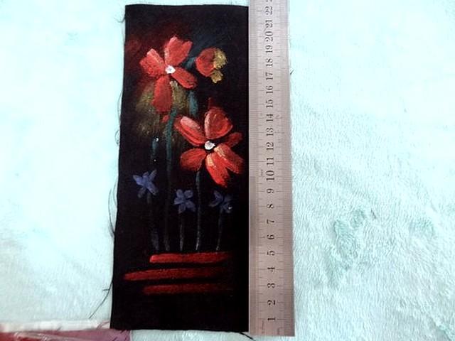Piece patchwork en suedine noire peint a la main 2
