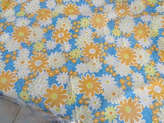 Résille 70's fleurs printemps 01
