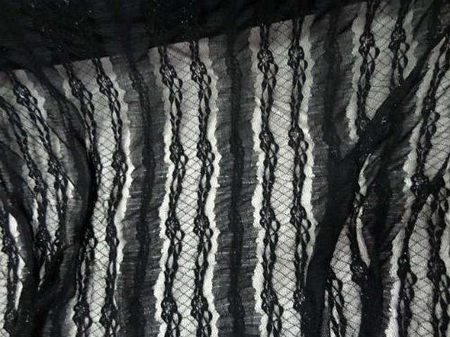 Resille dentelle lycra noire rayee lurex 1