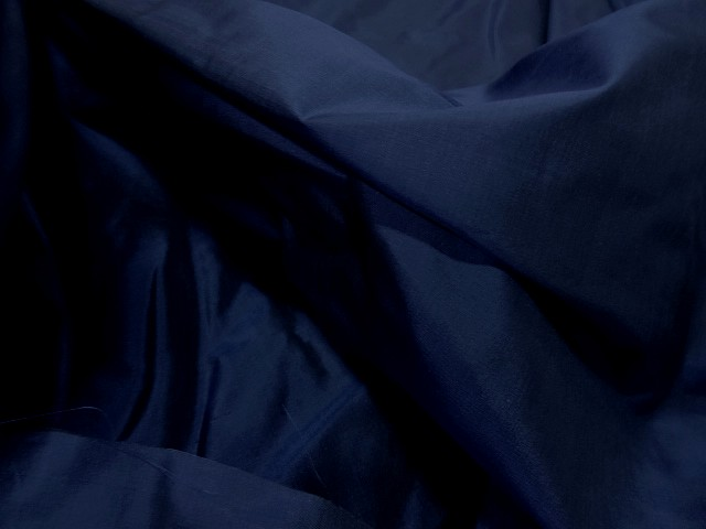Taffetas de soie bleu nuit 3