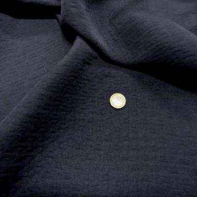 Tissu damasse gris motifs croisillons 2