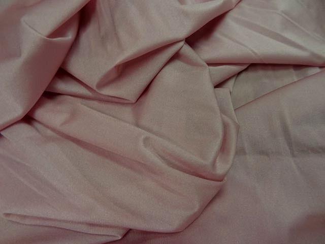 Tissu lycra rose petale 2