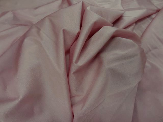 Tissu lycra rose petale 3