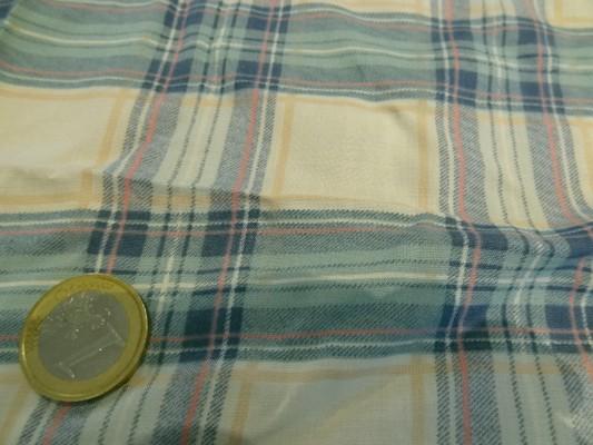 Voile coton carreaux couleurs tendres 02
