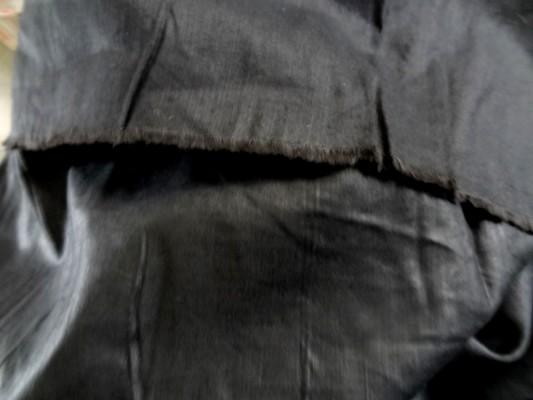 lin noir uni 1
