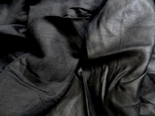lin noir uni 2