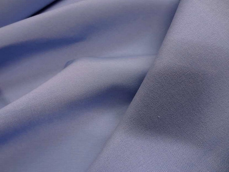Bache bleu clair lavande