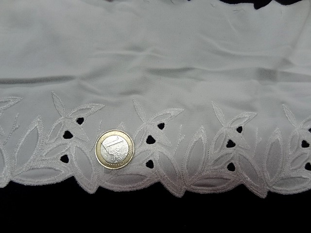 Bande jersey finition dentelle blanc casse 2