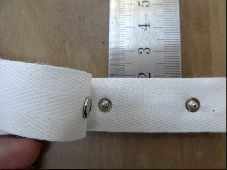 Bande serge de coton avec boutons pressions 2