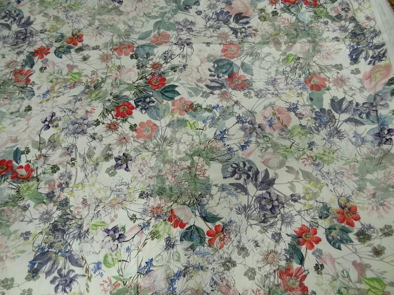 Bengaline coton fond blanc fleurs champetre 5