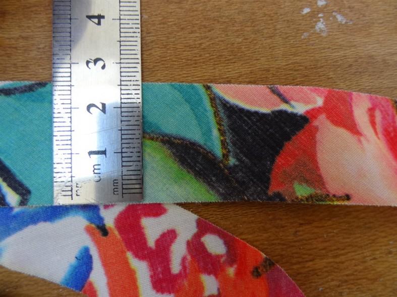 Biais fleuri a plat 26 mm 2