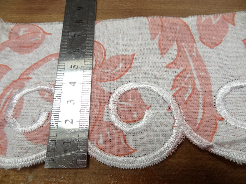 Bordure coton blanc rose the broderie spirale 2