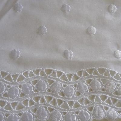 Bordure jersey brodee de pois blanc 3