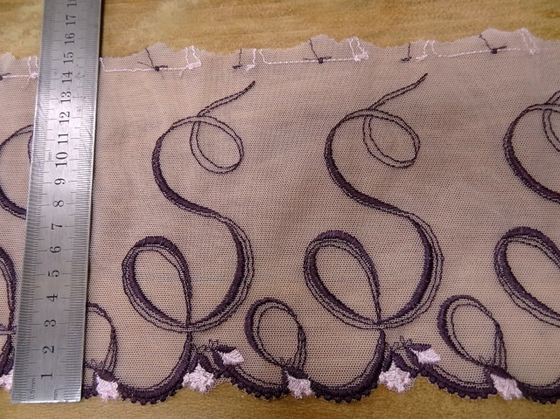 Bordure souffle resille rose brodee violet 3