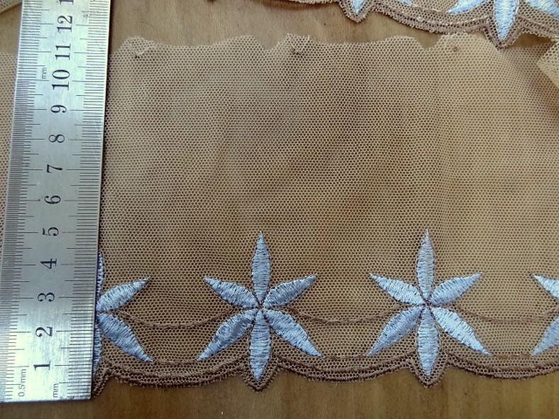Bordure stella resille chair brode bleu ciel 2