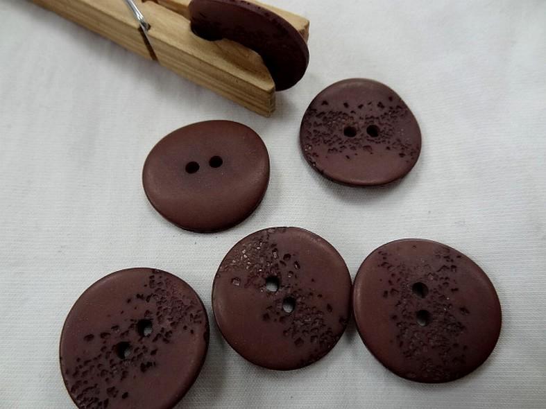 Bouton corozo marron senois granite 22 mm 1
