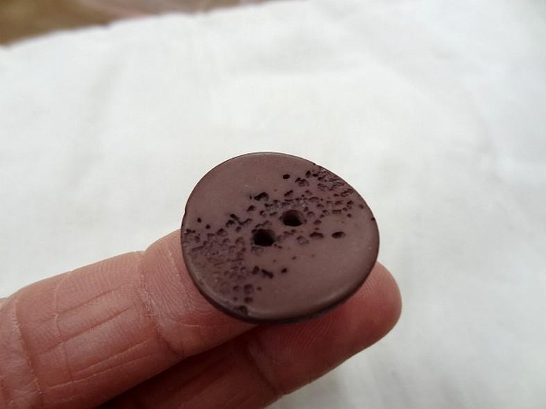 Bouton corozo marron senois granite 22 mm 4