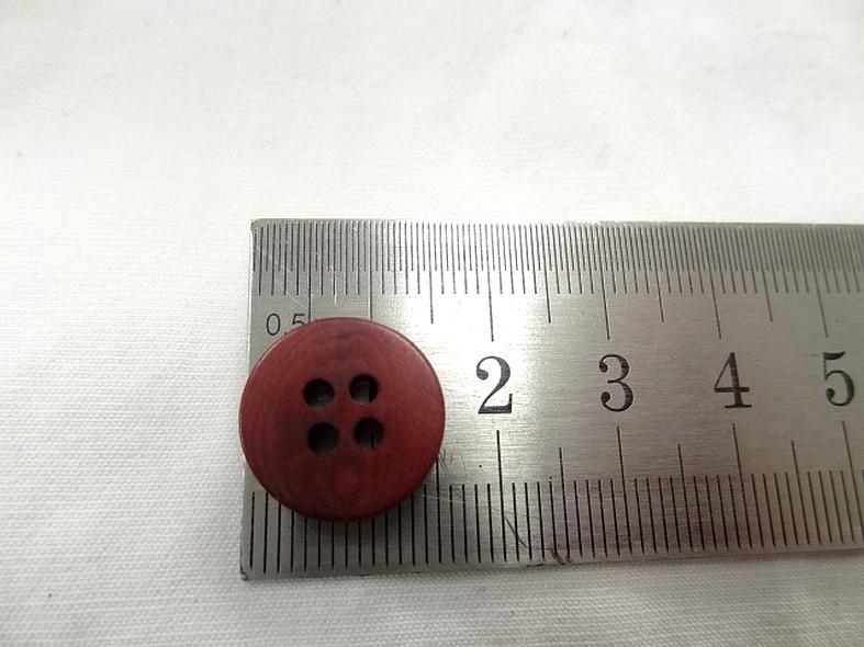 Bouton corozo teinte fraise moire 15 mm 2