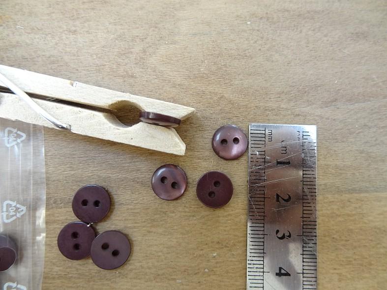 Bouton pastille prune nacre 10 mm