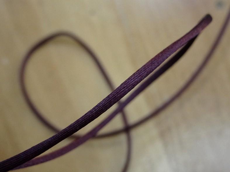 Cordon queue de rat prune
