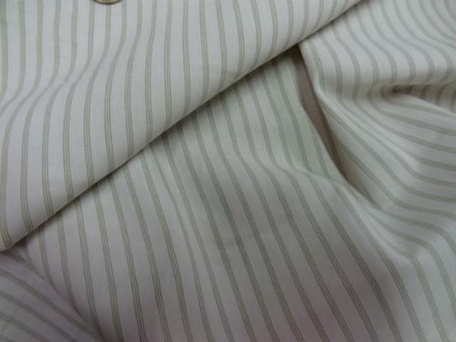 Coton blanc casse fines rayures kaki clair 1