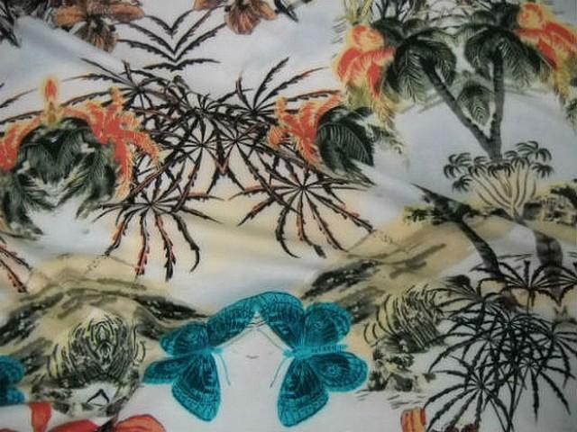 Coton blanc motifs palmier hibiscus papillon 2