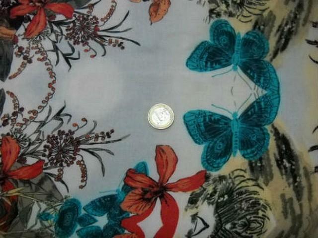 Coton blanc motifs palmier hibiscus papillon 3