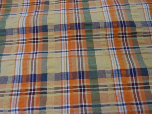 Coton cloque motif madras jaune pale et orange 2