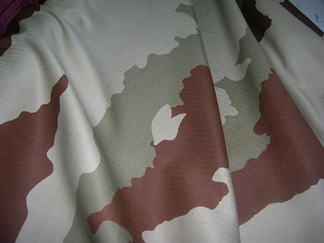 Coton imprime camouflage grands motifs kaki 3