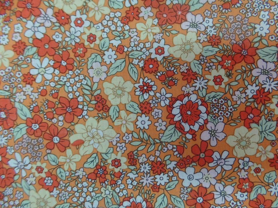 tissu coton imprimé liberty petite fleurs ton orange