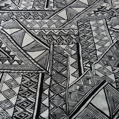 Coton jersey ethnique noir et blanc casse 1