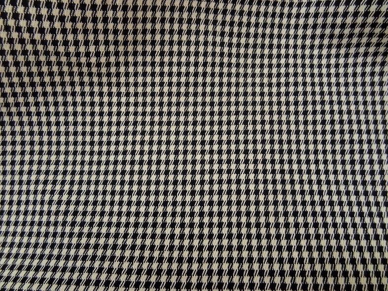 Coton lycra blanc casse noir pied de poule 1