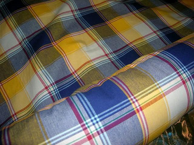 Coton madras jaune d or bleu klein 1