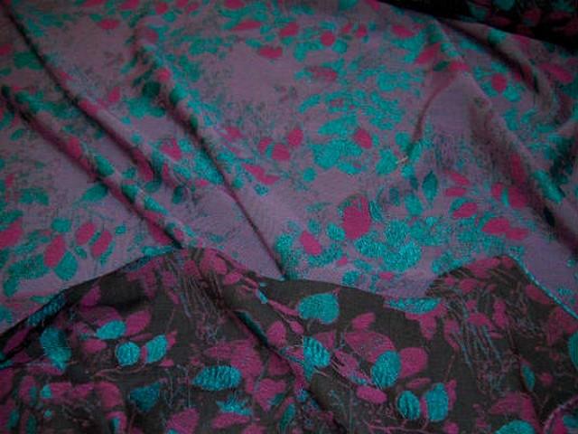 Coton polyamide feuillage damasse turquoise et fuchsia 1