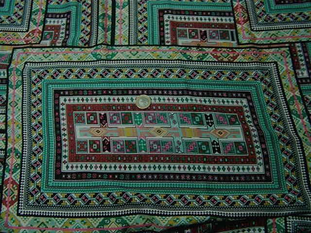 Coton tons verts motif tapis superposes 2