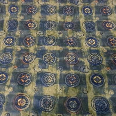 Coton velours cotele motif medaillons celtiques 3